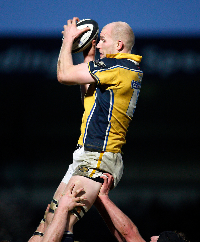 Photo: Richard Lane..London Wasps v Leeds Carnegie. Guinness Premiership. 05/01/2008..Leeds' Erik Lund wins a lineout.
