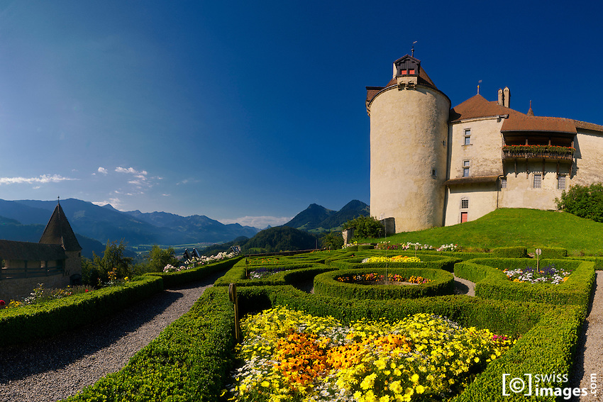 """""""Château de la Gruyère""""'s garden"""