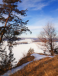Mississippi Palisades State Park, IL<br /> Winter morning on path overlooking the frozen Mississippi River