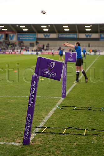 08.04.2016. AJ Bell Stadium, Salford, England. European Champions Cup. Sale versus Montpellier. Players warm up for the Challenge Cup quarter final.