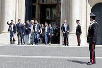 Roma, 20 Maggio 2014<br /> Il Movimento 5 stelle ha presentato in Piazza Montecitorio davanti la Camera dei Deputati, un assegno da 5 milioni 433 mila e 840 euro con la metà delle indennità dei parlamentari insieme alle eccedenze della diaria non rendicontata. Presente anche il leader Beppe Grillo.
