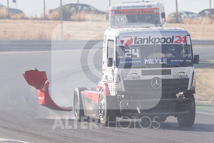 German driver Andre Kursim belonging German team Tankpool 24 Racing during the fist race R1 of the XXX Spain GP Camion of the FIA European Truck Racing Championship 2016 in Madrid. October 01, 2016. (ALTERPHOTOS/Rodrigo Jimenez)