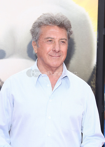 HOLLYWOOD, CA - MAY 22:  Dustin Hoffman at the Los Angeles premiere Of DreamWorks Animation's 'Kung Fu Panda 2' held at Grauman's Chinese Theatre on May 22, 2011 in Hollywood, California<br /> <br /> <br /> People:  Dustin Hoffman<br /> <br /> Transmission Ref:  MNC<br /> <br /> Hoo-Me.com / MediaPunch