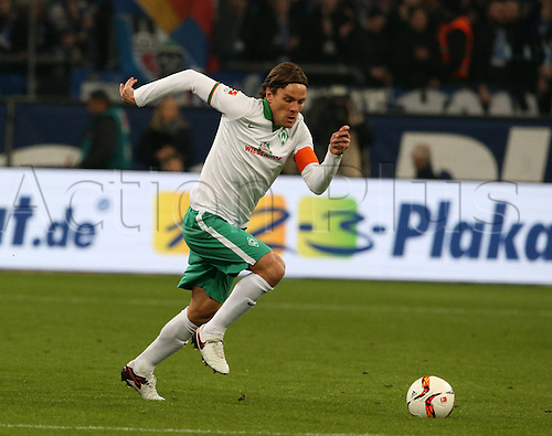 24.01.2016. Gelsenkirchen, Germany. German Bundesliga soccer match between FC Schalke 04 and Werder Bremen in the Veltins Arena. Clemens Fritz, SV Werder Bremen