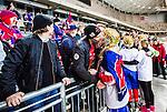 Stockholm 2015-03-13 Bandy SM-final damer Kareby IS - AIK :  <br /> Karebys Stina Ysing kysser sin pojkv&auml;n efter matchen mellan Kareby IS och AIK <br /> (Foto: Kenta J&ouml;nsson)<br /> Nyckelord:  SM SM-final final Bandyfinal Bandyfinalen Dam Damer Dambandy AIK Kareby IS jubel gl&auml;dje lycka glad happy