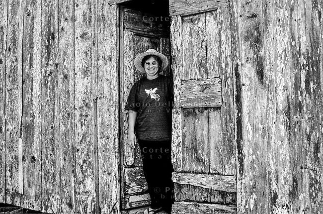 Brazsile - Bento Gonçalves è un comune del Brasile nello Stato del Rio Grande do Sul. Panoramica dlel centro. Nella foto Adolfina emigrata nel dopo guerra.