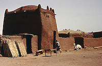 World Civilization:  African Adobe Architecture--entry house to family compound, for receiving guests, etc.  Tahoua, Niger.  Photo '91.