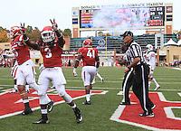 Arkansas Democrat-Gazette/BENJAMIN KRAIN --10/24/2015--<br /> Arkansas running back Alex Collins (3) celebrates a touchdown during the 3rd quarter of the Razorbacks 54-46 victory over Auburn.