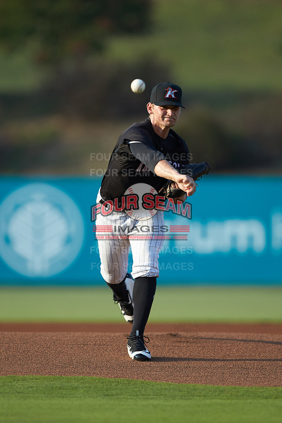 Kannapolis Intimidators starting pitcher Zach Lewis (28) delivers a pitch to the plate against the Hagerstown Suns at Kannapolis Intimidators Stadium on July 16, 2018 in Kannapolis, North Carolina. The Intimidators defeated the Suns 7-6. (Brian Westerholt/Four Seam Images)