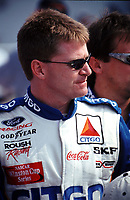 Jeff Burton before qualifying at the Popsecret 400 at Rockingham, NC in October 2000. (Photo by Brian Cleary)