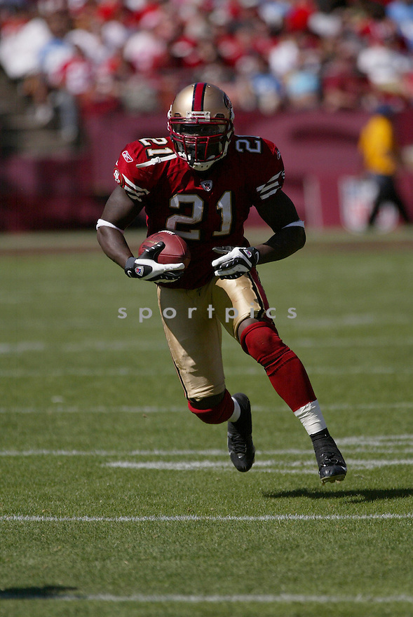 FRANK GORE, of the San Francisco 49ers, in action during the  49ers game against the  Detroit Lions  on September 21, 2008 in San Francisco, California...The San Francisco 49ers win 31-13