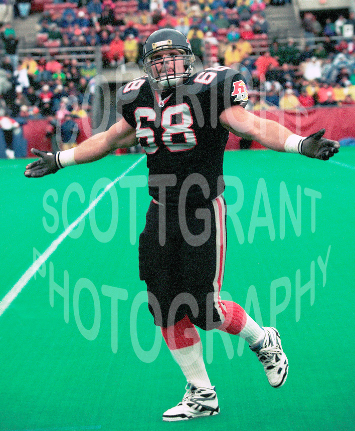 Glenn Kulka Ottawa Rough Riders 1992. Copyright photograph Scott Grant