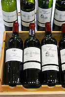 bottles chateau les mangons sainte foy bordeaux france