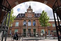 Nederland - Amsterdam - 2019.    Het Stedelijk Museum. De vroegere ingang aan de Paulus Potterstraat..  Foto Berlinda van Dam / Hollandse Hoogte