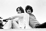 The Kinks 1968 Dave Davies and Ray Davies.© Chris Walter.