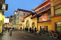 Nederland Amsterdam. 2016.  De Chinese F.G.S He Hua Temple op de Zeedijk.   Foto Berlinda van Dam / Hollandse Hoogte