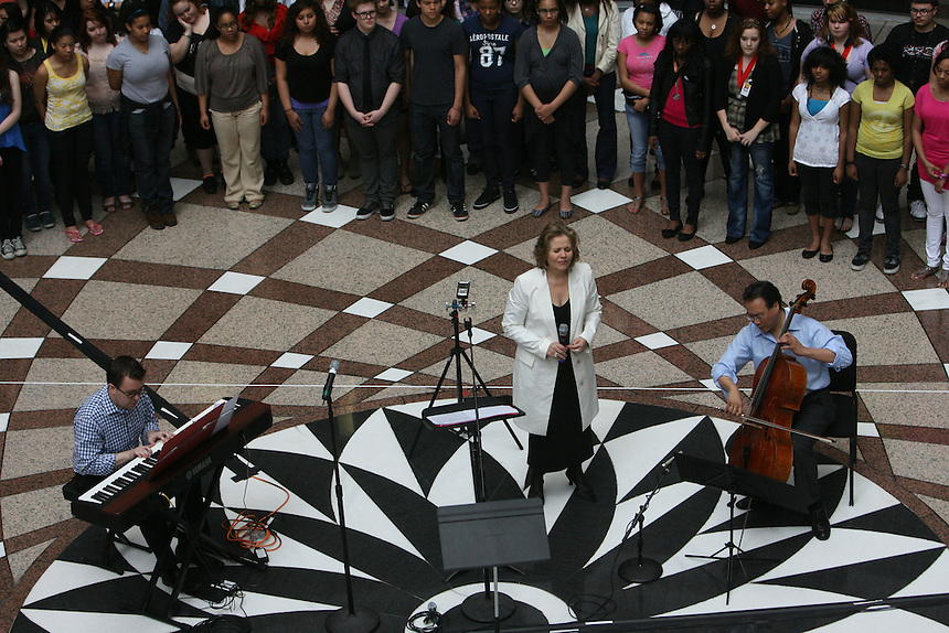 Renee Fleming and Yo Yo Ma at Lake View H.S. and the Thompson Center for the Lyric Opera of Chicago.