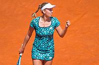 2018 05 08 Simona Halep vs Elise Martens