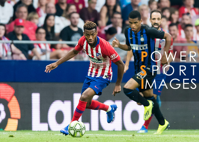 Thomas Lemar (L) of Atletico de Madrid is followed by Dalbert Henrique of FC Internazionale during their International Champions Cup Europe 2018 match between Atletico de Madrid and FC Internazionale at Wanda Metropolitano on 11 August 2018, in Madrid, Spain. Photo by Diego Souto / Power Sport Images