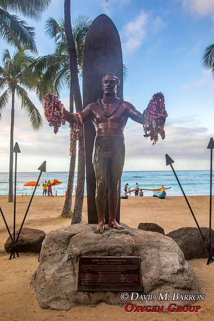 Statue Of Duke Paoa Kahanamoku