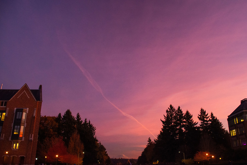 Mt. Rainer and Contrail at Dusk from the campus of the University of Washington, Seattle, Washington, US