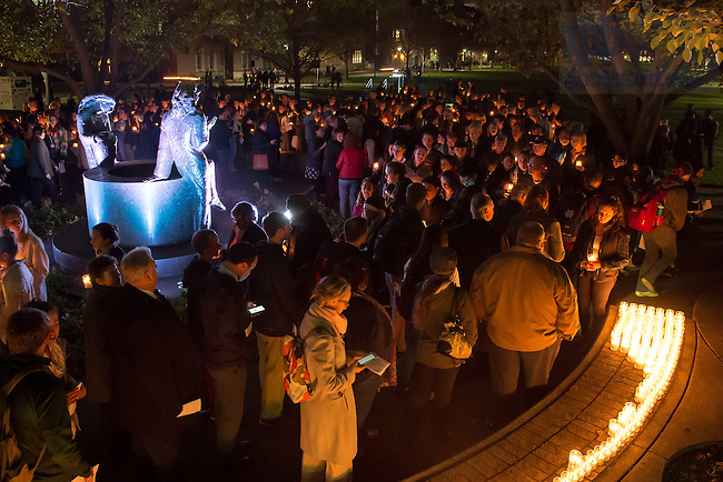 November 14, 2016; Interfaith Prayer Service for Respect and Solidarity in front of O'Shaughnessy Hall. (Photo by Matt Cashore/University of Notre Dame)