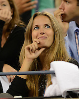 FLUSHING NY- SEPTEMBER 3: Kim Sears is sighted watching Serena and Venus Williams Vs Kerlenko Petrova on Armstrong stadium at the USTA Billie Jean King National Tennis Center on September 3, 2012 in in Flushing Queens. Credit: mpi04/MediaPunch Inc. ***NO NY NEWSPAPERS*** /NortePhoto.com<br /> <br /> **CREDITO*OBLIGATORIO** <br /> *No*Venta*A*Terceros*<br /> *No*Sale*So*third*<br /> *** No*Se*Permite*Hacer*Archivo**<br /> *No*Sale*So*third*