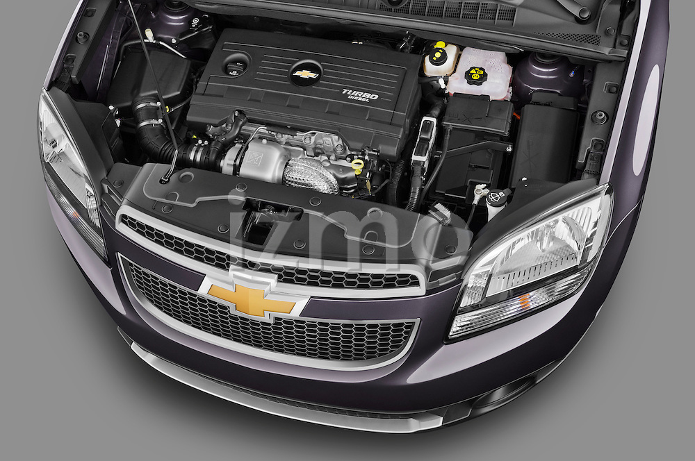 2013 Chevrolet Orlando LTZ+ MPV Engine View