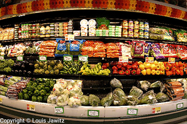 Supermarket, Vegetable, Fruit, Day, Shelf, New York City, Shopping, Color Image, Price Tag, Organic,