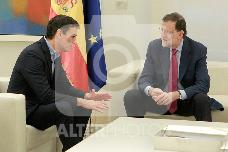 The President of the Government of Spain, Mariano Rajoy (r), meets with the Secretary General of the PSOE (Spanish Socialist Workers Party) Pedro Sanchez. July 6, 2017. (ALTERPHOTOS/Acero)