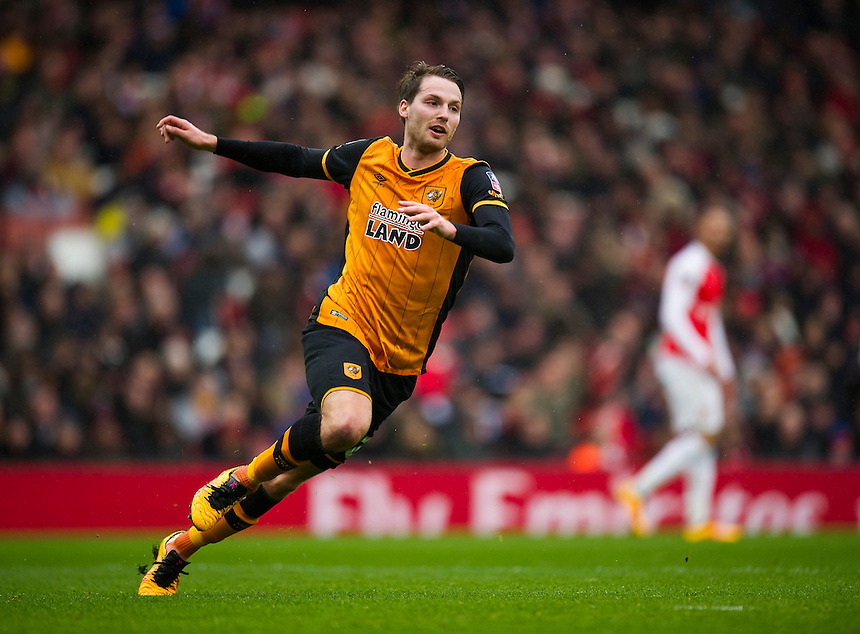 Hull City's Nick Powell in action during todays match  <br /> <br /> Photographer Ashley Western/CameraSport<br /> <br /> Football - The FA Cup Fifth Round - Arsenal v Hull City - Saturday 20th February 2016 - Emirates Stadium - London<br /> <br /> &copy; CameraSport - 43 Linden Ave. Countesthorpe. Leicester. England. LE8 5PG - Tel: +44 (0) 116 277 4147 - admin@camerasport.com - www.camerasport.com