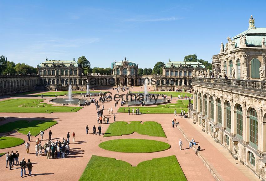 Deutschland, Freistaat Sachsen, Dresden: Zwinger, barockes Bauwerk, Wallpavillon   Germany, the Free State of Saxony, Dresden: Zwinger Palace, baroque building, Wall Pavilion