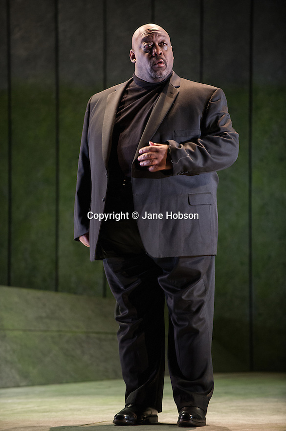 """English Touring Opera presents SIMON BOCCANEGRA at the Hackney Empire, prior to touring it in rep with """"Cosi Fan Tutte"""" and """"The Siege of Calais"""".  Picture shows: Keel Watson ( Jacopo Fiesco)."""