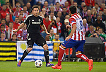 Frank Lampard vies with Raul Garcia during the UEFA Champions League semifinal first leg football match Club Atletico de Madrid vs Chelsea FC at the Vicente Calderon stadium in Madrid on April 22, 2014.   PHOTOCALL3000/DP