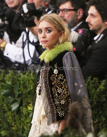 NEW YORK, NY May 01, 2017 Mary Kate Olsen attend  The Metropolitan Museum of Art Costume Institute Benefit Gala for Rei Kawakubo Comme des Garcons at  Metropolitan Museum of Art  in New York May 01,  2017. Credit:RW/MediaPunch