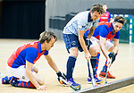 Almere - Zaalhockey  Laren-SCHC (heren)   .  Robbert van de Peppel  links Daan Dullemeijer en rechts Bram  Weers (SCHC) . TopsportCentrum Almere.    COPYRIGHT KOEN SUYK