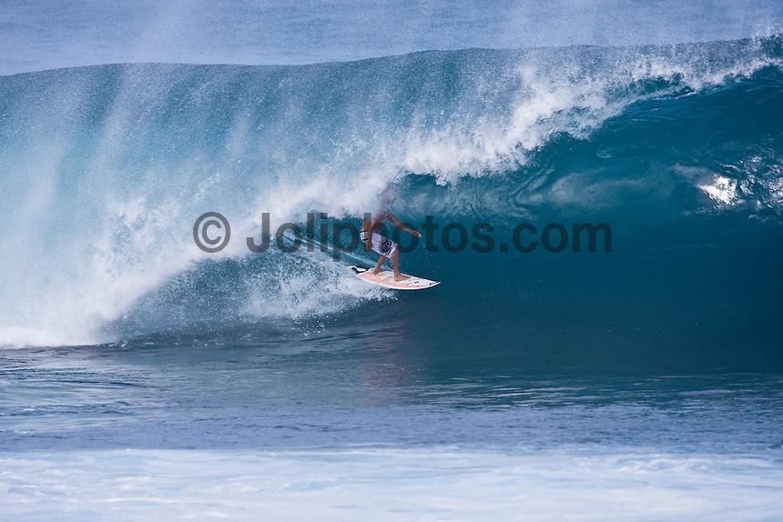 Banzai Pipeline, North Shore of Oahu, Hawaii. Photo: joliphotos.com