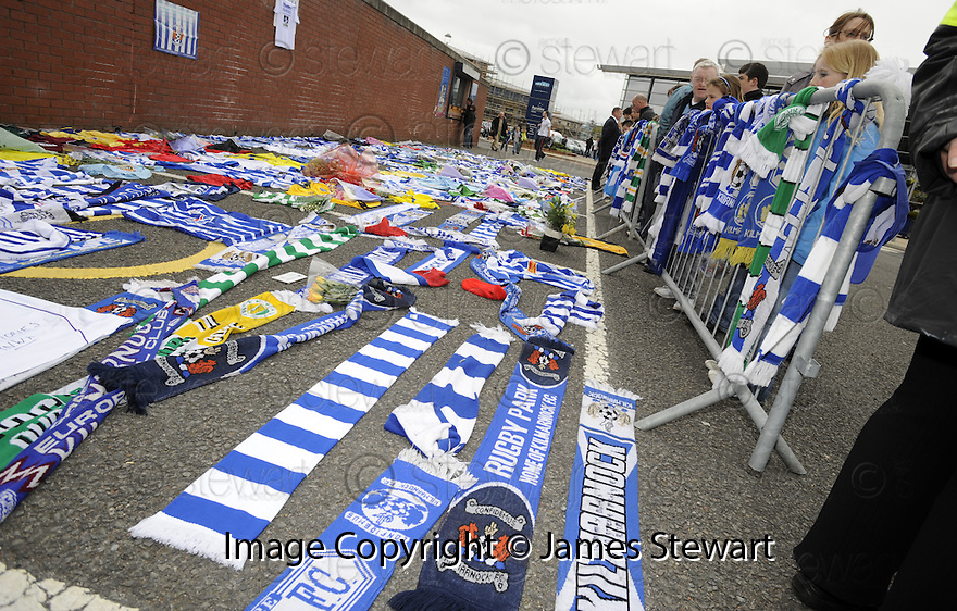 17/05/2008   Copyright Pic: James Stewart.File Name : sct_jspa04_kilmarnock_v_falkirk.TRIBUTES LEFT OUTSIDE RUGBY PARK, KILMARNOCK, FOR TOMMY BURNS.....James Stewart Photo Agency 19 Carronlea Drive, Falkirk. FK2 8DN      Vat Reg No. 607 6932 25.Studio      : +44 (0)1324 611191 .Mobile      : +44 (0)7721 416997.E-mail  :  jim@jspa.co.uk.If you require further information then contact Jim Stewart on any of the numbers above........