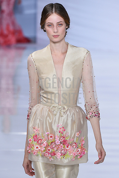 Georges Hobeika<br /> Paris Haute Couture Fall Winter 2015 - July 2015