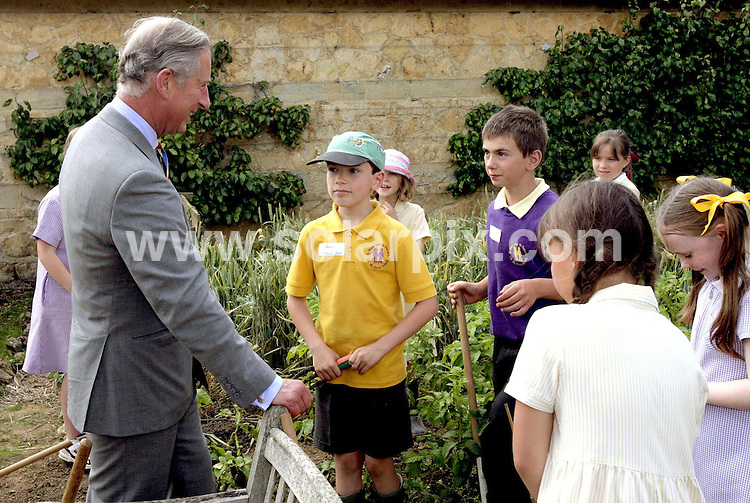 **ALL ROUND PICTURES FROM SOLARPIX.COM**.**SYNDICATION RIGHTS FOR SPAIN, PORTUGAL & DUBAI (U.A.E) ONLY**.The Prince of Wales samples cider made in the 100 year old orchard during a visit to Barrington House in Somerset. Picture date: Wednesday July  19 2007. This year Barrington Court is celebrating 100 years since becoming the first large country house of its kind to be acquired by the Trust. .JOB REF:4333-NLA    DATE:19_07_07 .*UNDER NO CIRCUMSTANCES IS THIS IMAGE TO BE REPRODUCED FOR ANY ONLINE EDITION WITHOUT PRIOR PERMISSION*