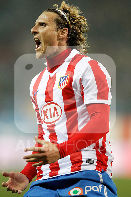 Atletico de Madrid's Diego Forlan celebrates during La Liga match. January 17, 2011. (ALTERPHOTOS/Alvaro Hernandez).
