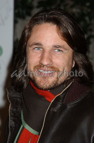 24 February 2005 - Hollywood, California - Martin Henderson. Global Green For Clean Energy Solutions Pre-Oscar Party Supporting The Fight Against Global Warming held at the Day After Club. Photo Credit: Laura Farr/AdMedia