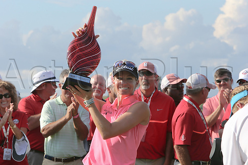 30.08.2015. Prattville, AL, USA.   Kris Tamulis of Naples, Florida, wins the final round of the 2015 Yokohama Tire LPGA Classic at RTJ Golf Trail, Capitol Hill, Senator Course, Prattville, AL.