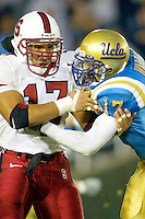Jared Newberry during Stanford's 28-18 loss to UCLA on October 26, 2002 in Los Angeles, CA.<br />