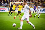 11.05.2019, Signal Iduna Park, Dortmund, GER, 1.FBL, Borussia Dortmund vs Fortuna Düsseldorf, DFL REGULATIONS PROHIBIT ANY USE OF PHOTOGRAPHS AS IMAGE SEQUENCES AND/OR QUASI-VIDEO<br /> <br /> im Bild | picture shows:<br /> Mario Goetze (Borussia Dortmund #10) beruhigt seine Mitspieler, <br /> <br /> Foto © nordphoto / Rauch