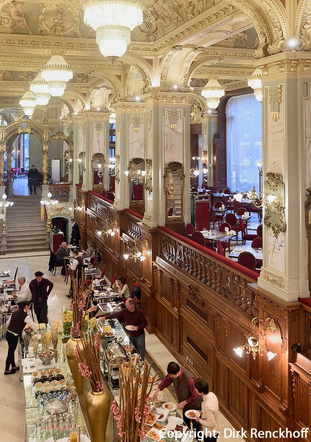 Frühstücksbüffet im Café  New York Kavehaz, Ersébet körút 9-11, Budapest, Ungarn