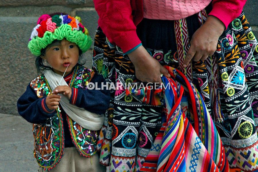 Criança na cidade de Cusco. Peru. 2006. Foto de Flávio Bacellar.