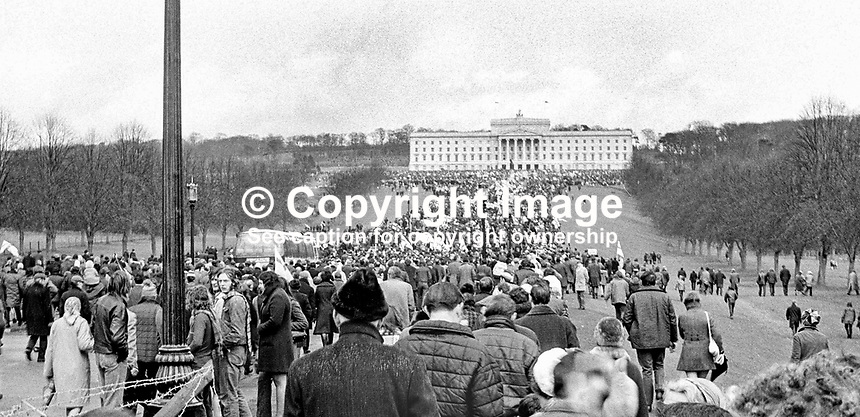 Ulster Vanguard Rally, to protest at the introduction of direct rule by Westminster and  the suspension of the N Ireland Parliament, taking place in front of the main Stormont Building. The protesters were addressed by Brian Faulkner and William Craig. NI Troubles. Ref: 19720328002.<br />