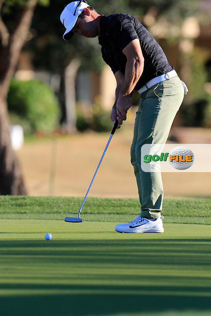 Paul Casey (ENG) takes his birdie putt on the 16th green during Saturday's Round 3 of the 2017 CareerBuilder Challenge held at PGA West, La Quinta, Palm Springs, California, USA.<br /> 21st January 2017.<br /> Picture: Eoin Clarke | Golffile<br /> <br /> <br /> All photos usage must carry mandatory copyright credit (&copy; Golffile | Eoin Clarke)