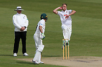 Jamie Porter in bowling action for Essex during Worcestershire CCC vs Essex CCC, Specsavers County Championship Division 1 Cricket at Blackfinch New Road on 12th May 2018